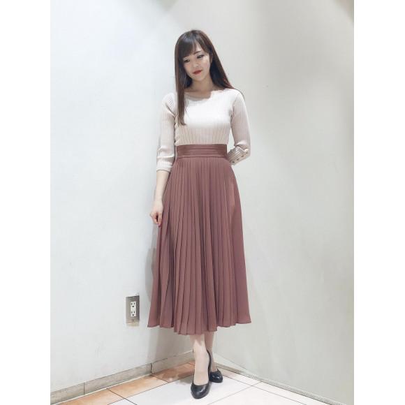 巻き風プリーツマキシスカート