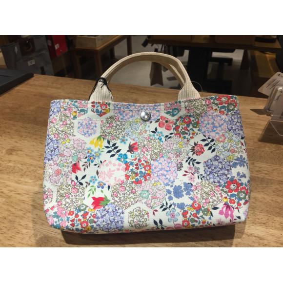 新柄です!リバティ帆布×犬印鞄のバッグインバッグ