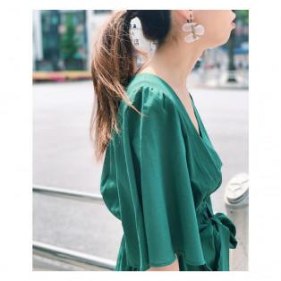 earring *