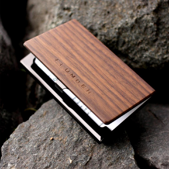 【新社会人の方へ】  木目が美しい +LUMBER CARDCASE