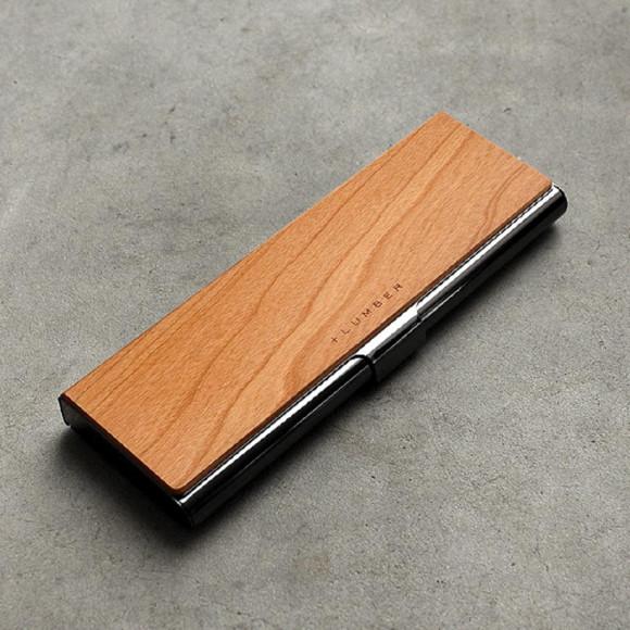 ステンレスと木を組み合わせた筆箱・ペンケース