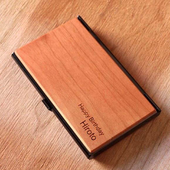 木目の美しさをシンプルに表現した木製カードケース・名刺入れ 「CARD CASE」