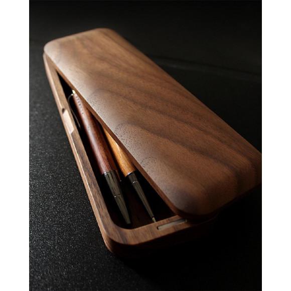 機能とデザイン性を備えた木製筆箱「Pen Case Gentle」