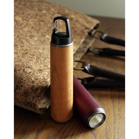 【新商品】優しい手触り、木の懐中電灯・LEDライト「LED HANDY LIGHT」