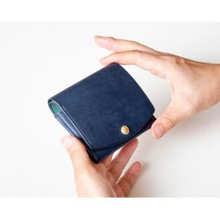 ミニマムな二つ折り財布「ウーニコ」