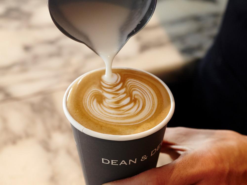 ディーン&デルーカ カフェ