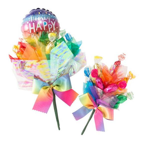 ブーケはお花だけじゃない!!キャンディやバルーンを束ねた「キャンディブーケ」はお祝い事にオススメです♪