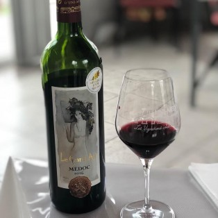 大人気!メドックの「農協」が造ったワイン!再入荷です♬