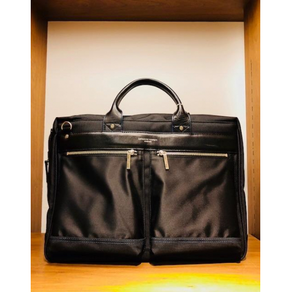 「KATHARINE HAMNETT LONDON」NYLON BAG INFINITY DOUBLE POCKET