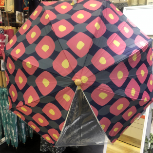 子供用の傘入荷しました(*゚▽゚*)