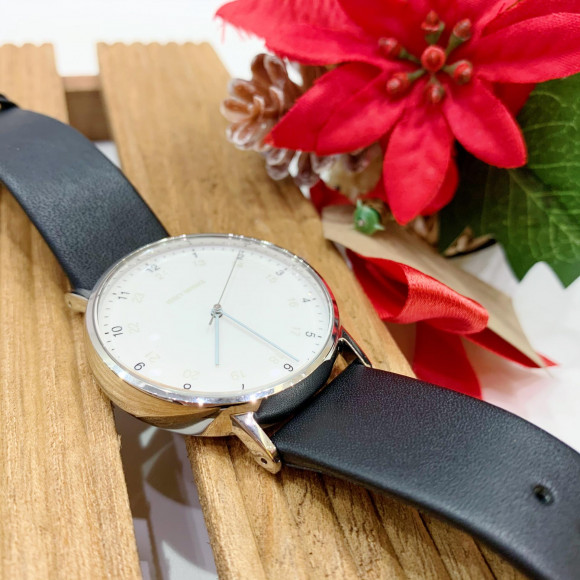 【ISSEY MIYAKE】watch recommended on Christmas!㉔