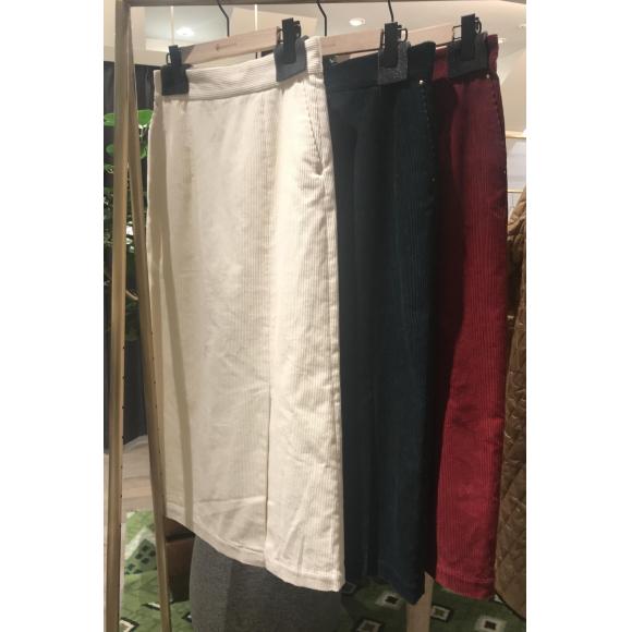 NEW!コーデュロイタイトスカート