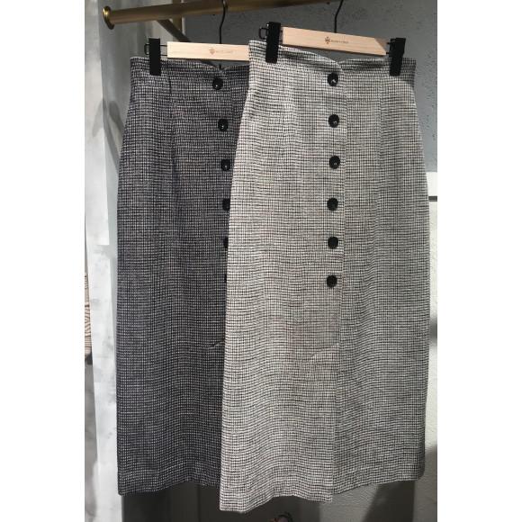 美シルエットのIラインスカート