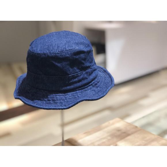 シルエットを変えられる!春の新作帽子!