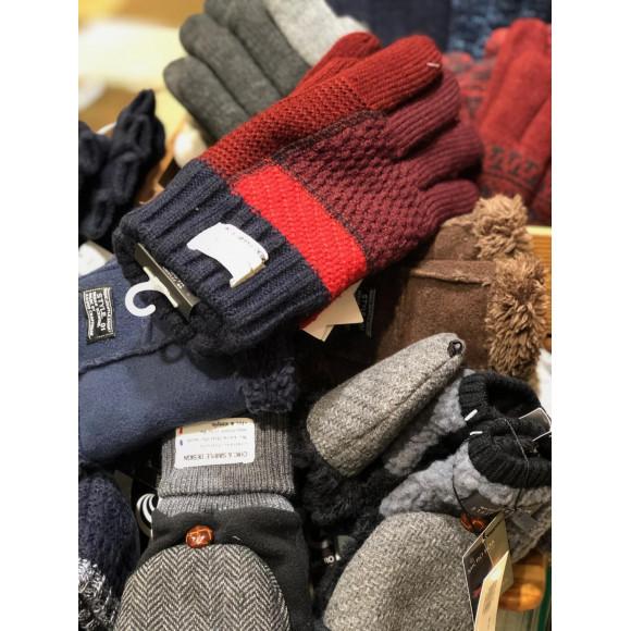 【コレクターズの冬】溢れんばかりの毛糸の手袋