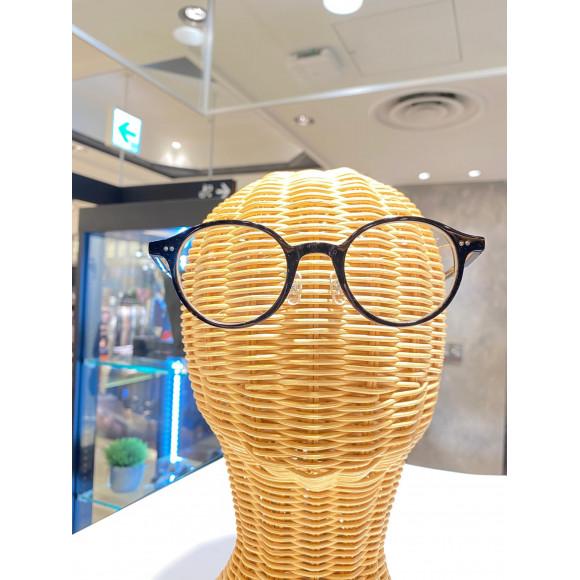 今年の夏は伊達眼鏡でオシャレ!