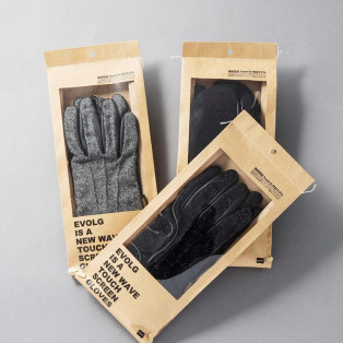 冬は手袋♩