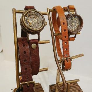 時計作家『ipsilon』イプシロン