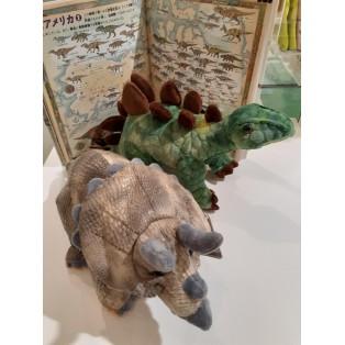 トリケラトプスとステゴザウルス