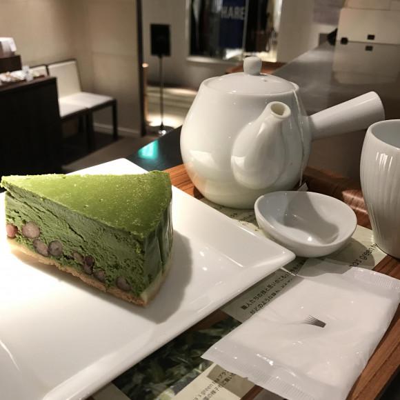 人気の抹茶のチーズケーキ!