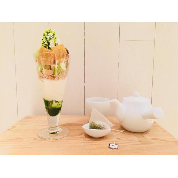 抹茶マーブルシフォンとわらび餅パフェ!