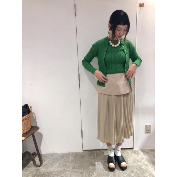 × YEAR × レイヤードプリーツスカート