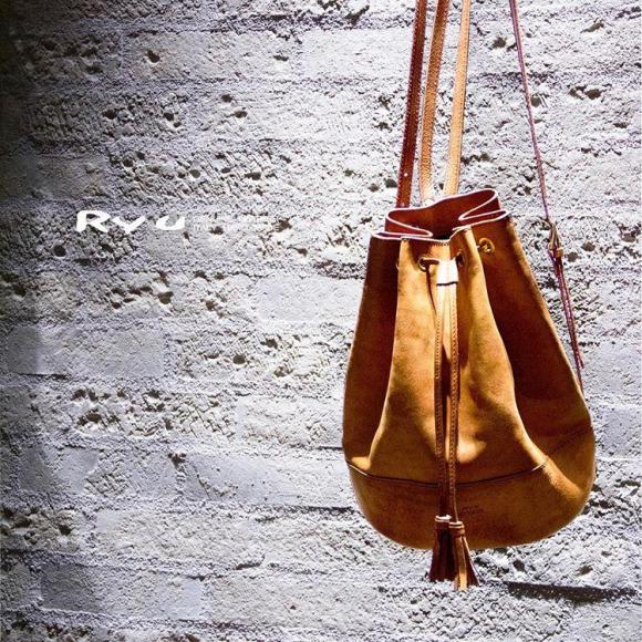 女性向け巾着バッグ