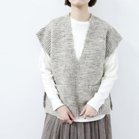 【NEW IN】 knit vest