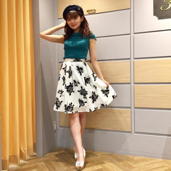 大人可愛い♡フレアスカート