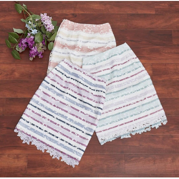 ボーダーレースタイトスカート♪