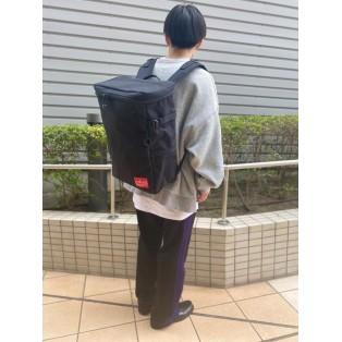 【Backpack Fair対象】大容量スクエアバックパック