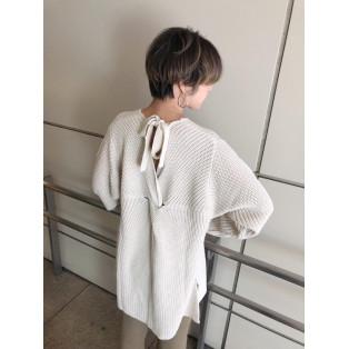 1月2日発売☆バックスタイルがカワイイ春先取りニット☆