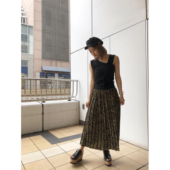 【新作】流行りのレオパードスカートが入荷しました!