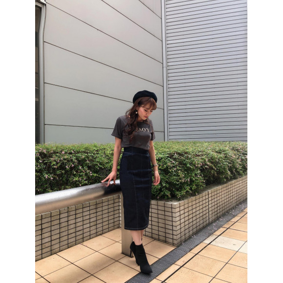 9/6 loverロゴtsh発売予定♡