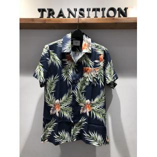 ボタニカル総柄プリントシャツ‼︎