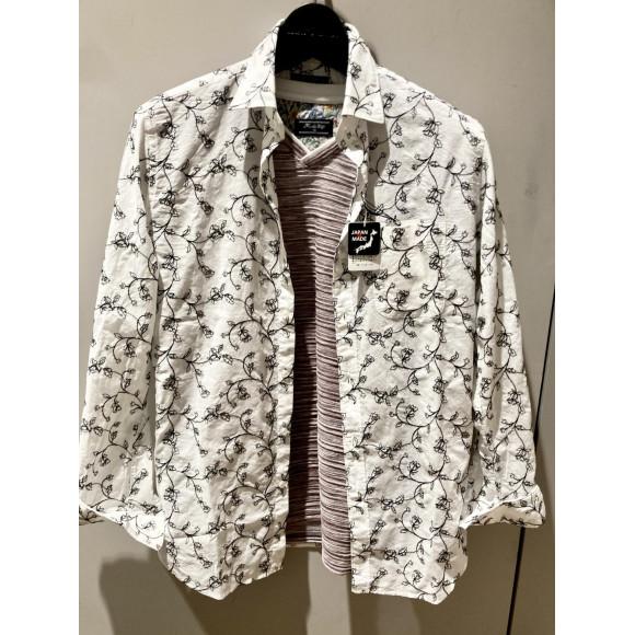 花柄刺繍ブロードシャツ