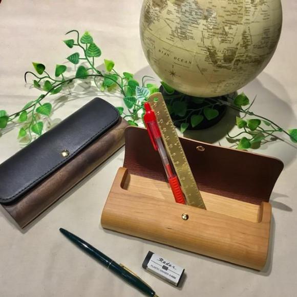 【NEWアイテム】木と牛革を組み合わせたおしゃれなペンケース