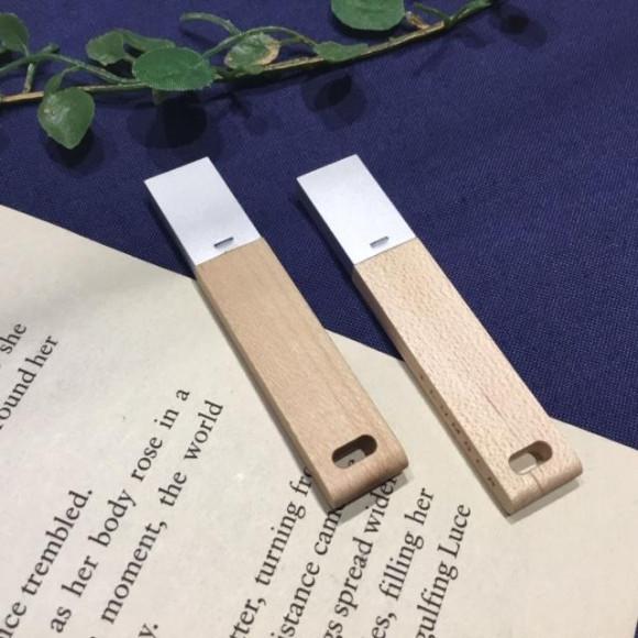 【SUMMER SALE】USB MEMORY メープル