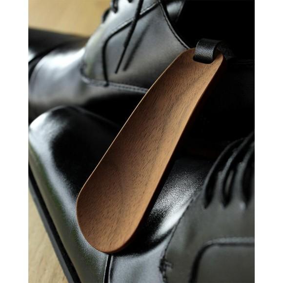 おしゃれな大人の嗜み、木製の携帯靴べら