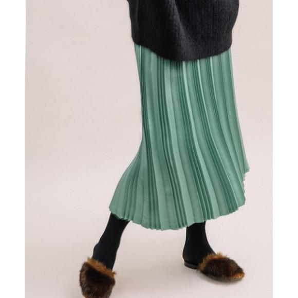Liyoco☆サテンプリーツスカート