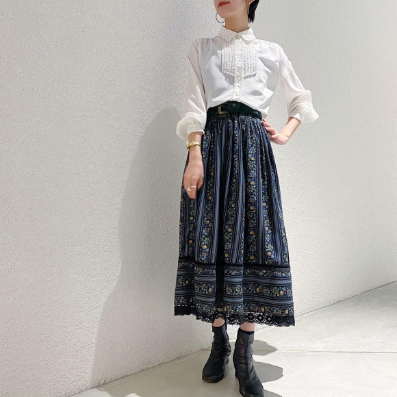 New Arrival Blouse & Tyrol Skirt