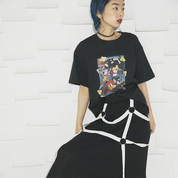 춘화 T셔츠 검정