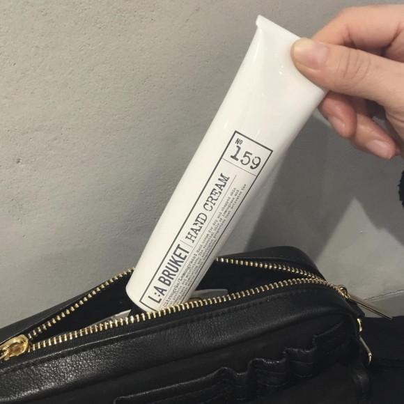 也对较小的袋而言正好的⭐︎人气NO.1护手霜