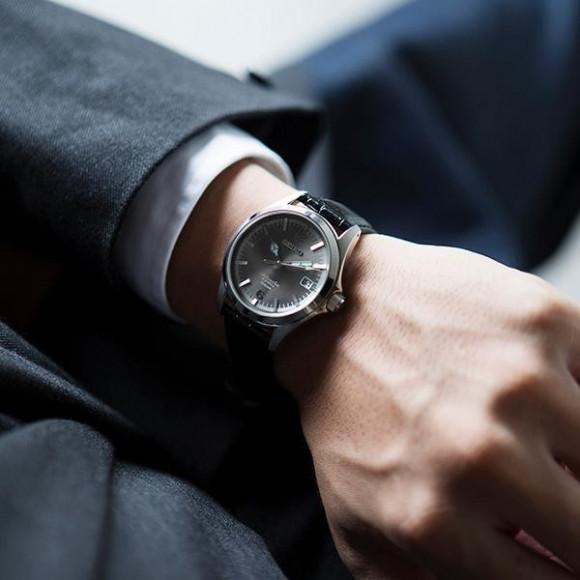 นาฬิกาข้อมือ SEIKO วาตู TicTAC การทำงานร่วมกัน