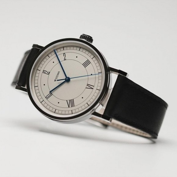 """Memory of the 100th anniversary of German clock [STOWA] Bauhaus, the Japan-limited model second """"30 points of limited release"""""""