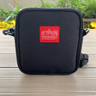Theme is introduction of feeling ⁉ square shoulder bag well!