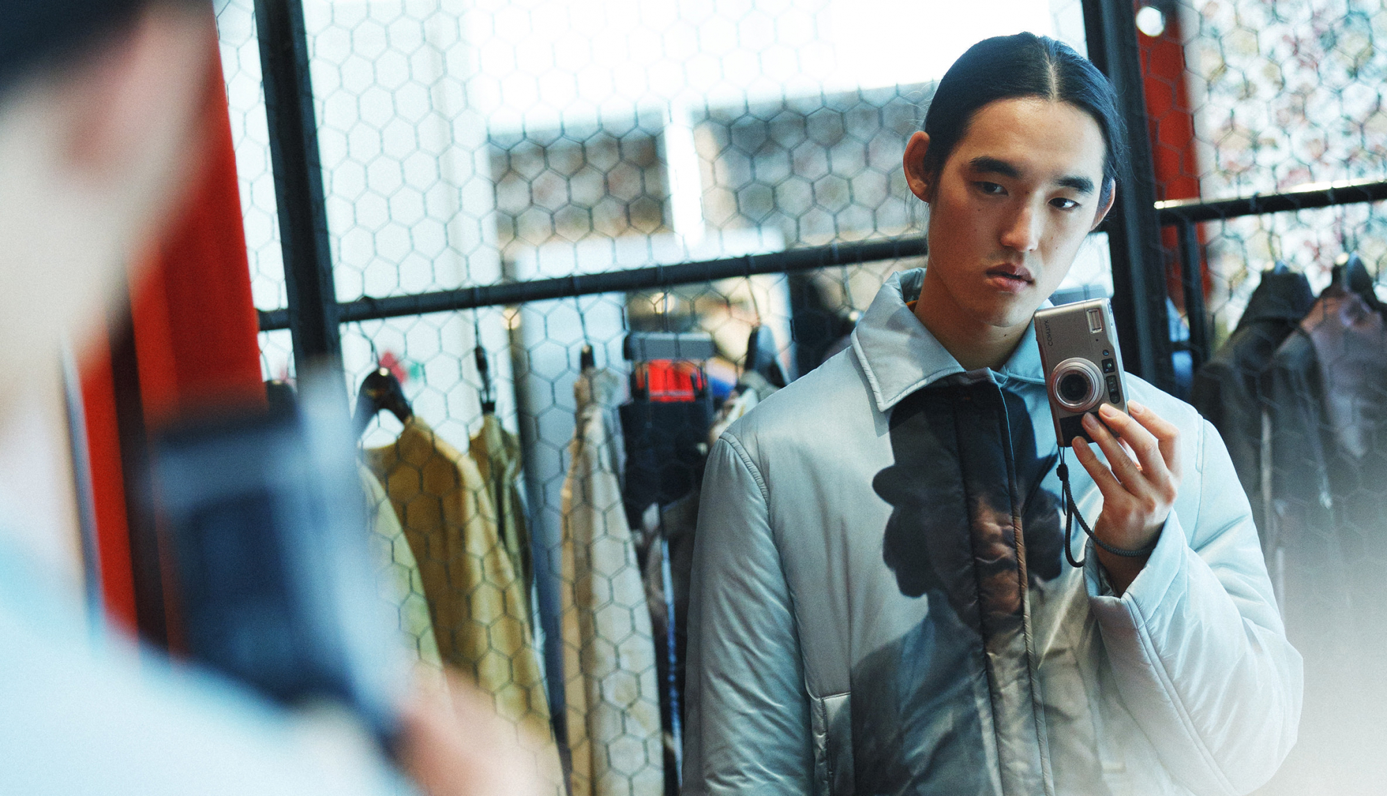 服部恭平×UNDERCOVER NOISE LAB|複数のブランドラインが一つの空間に混在する、新たなアプローチ。