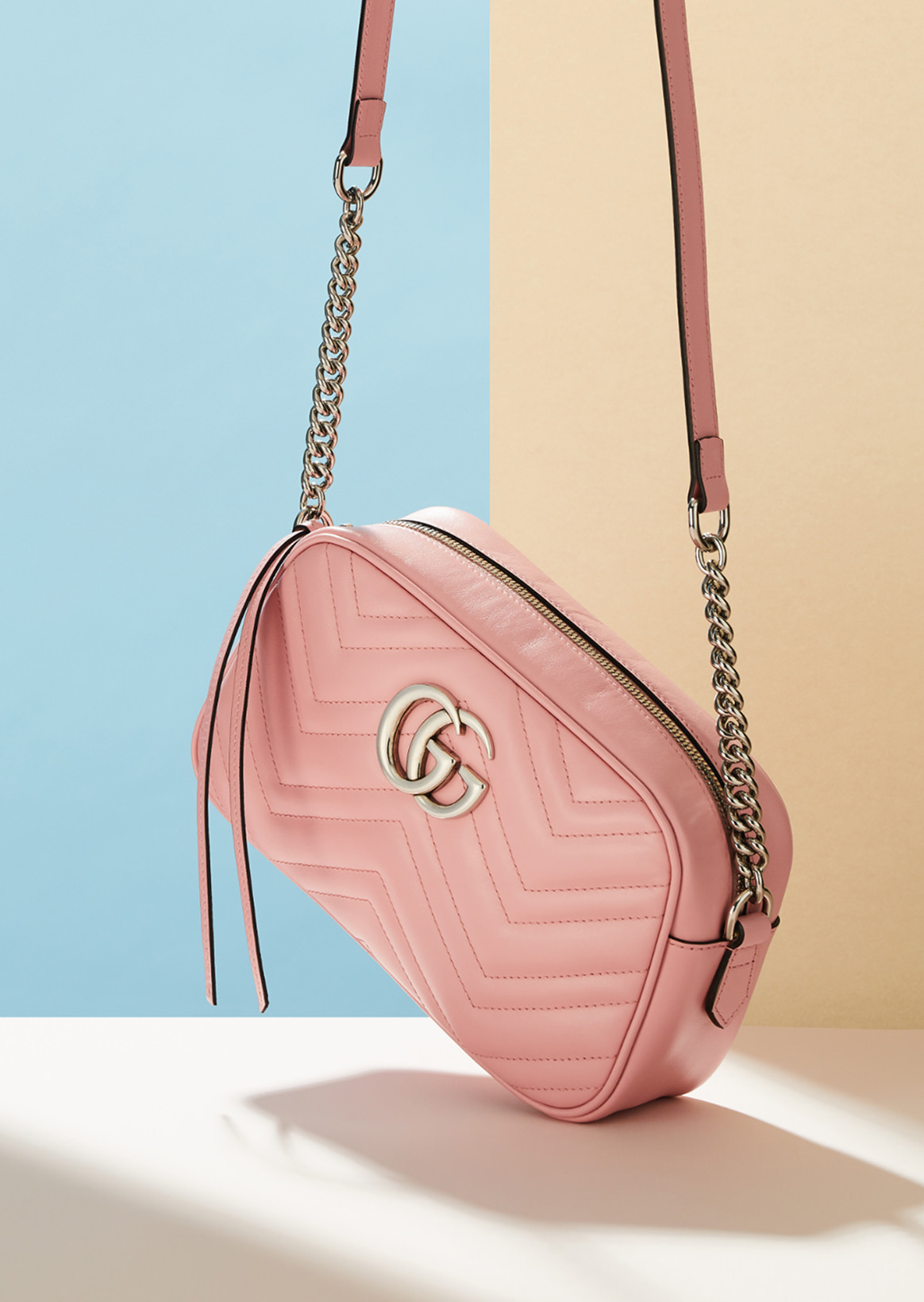 [GUCCI] GG mamonto which was colored by fresh pastel color