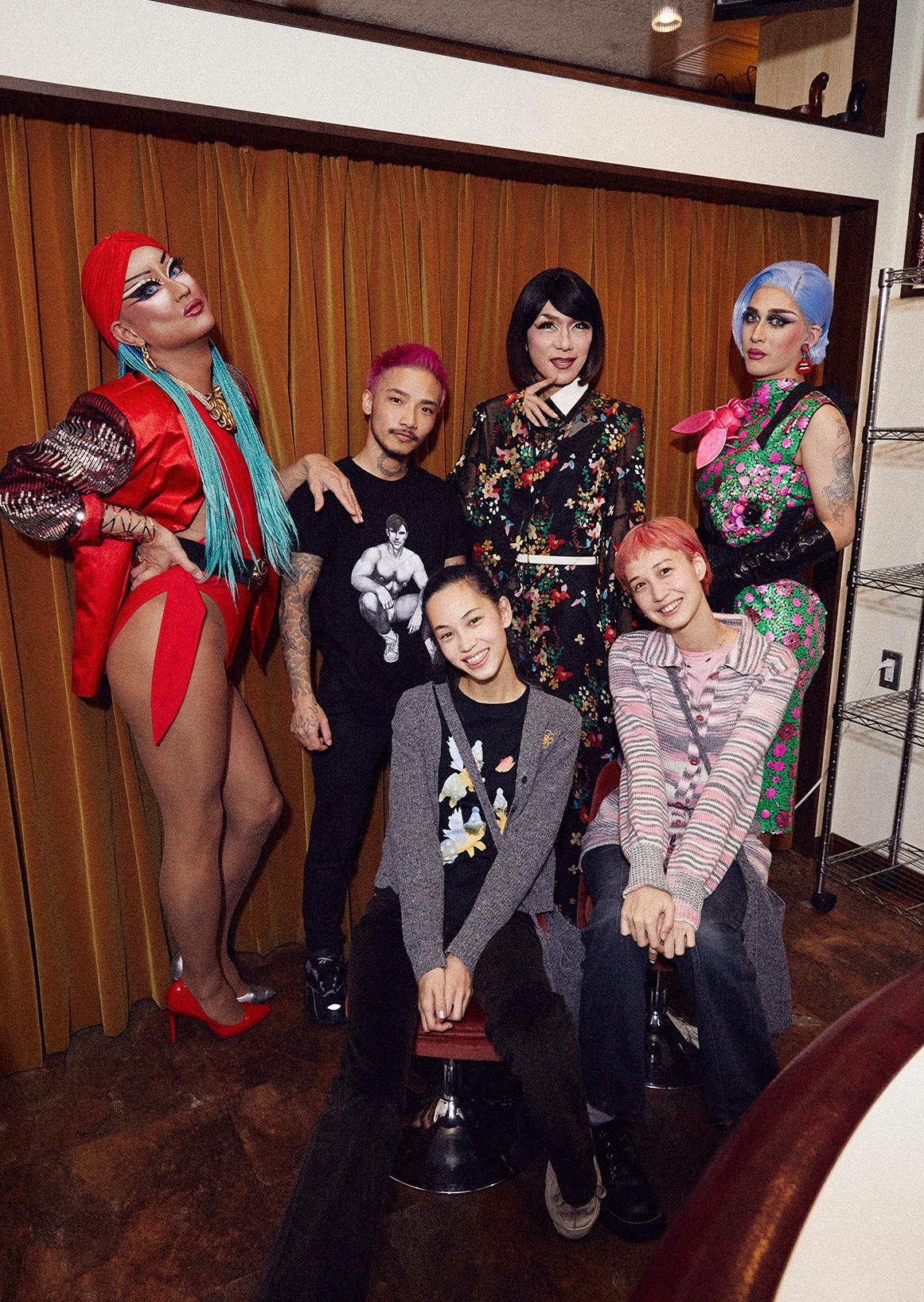 水原希子、水原佑果×Campy!bar|任何人热烈的欢迎!在从新宿2丁目出发的女装酒吧开心的时间