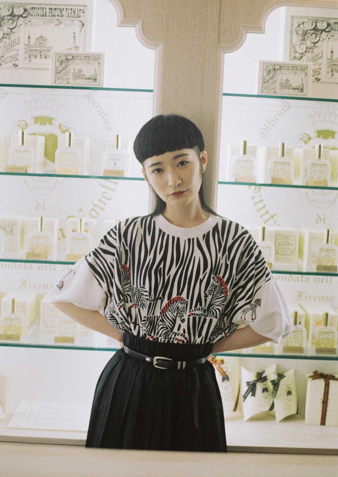リンリン(BiSH)×Santa Maria Novella/Yves Saint Laurent Beauté|五感を刺激し美意識を磨く、ビューティースポット訪問